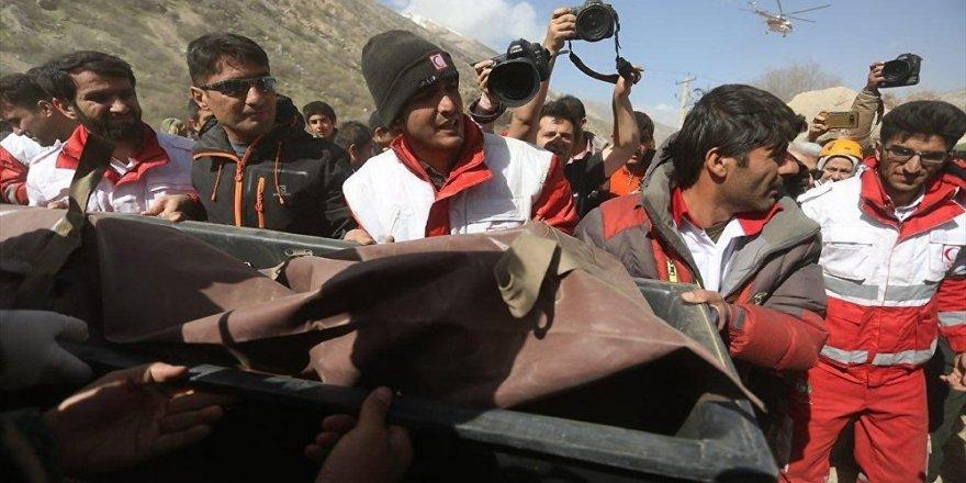 İran: Düşen uçak ile ilgili iddialar asılsızdır