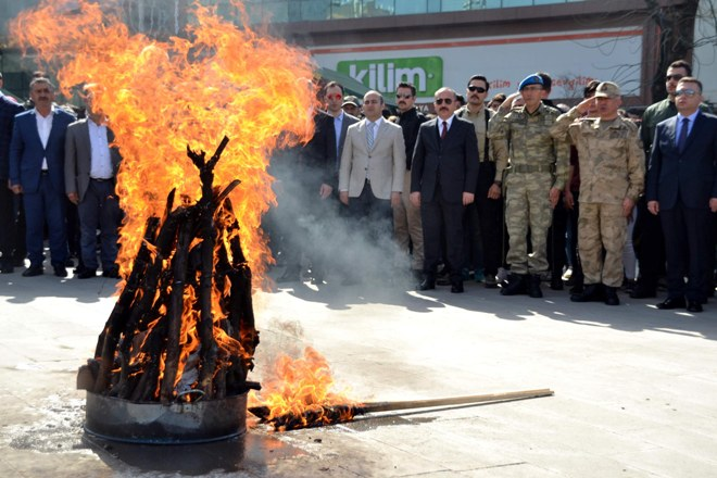Siirt'te newroz kutlaması