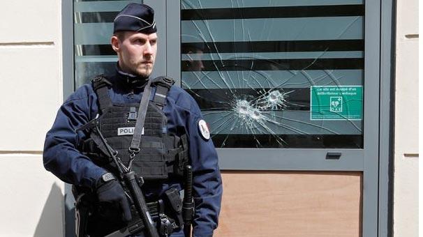 Fransa'da Türk marketi kundaklandı: 1 ölü, 8 yaralı