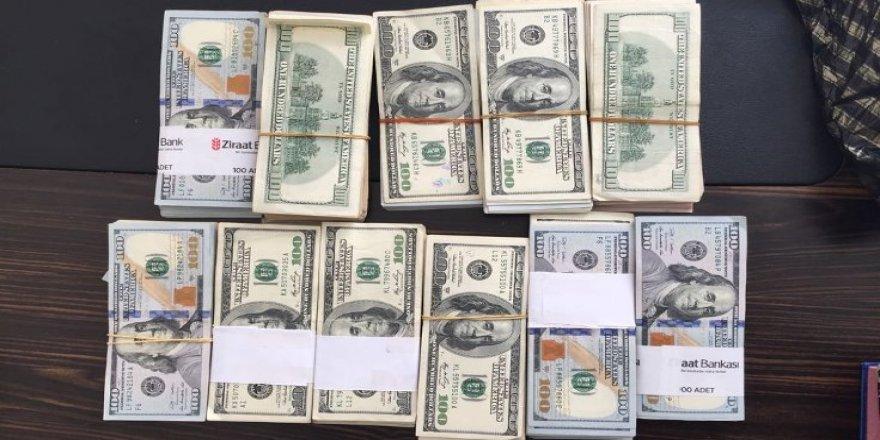 FETÖ baskını yapılan evde 90 bin dolar