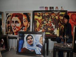 Diyarbakır'da kadın sergisi