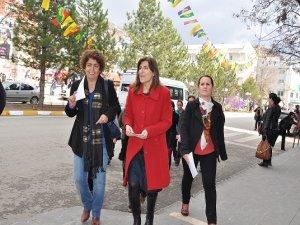Kadınlar 8 Mart'ta hazırlanıyor