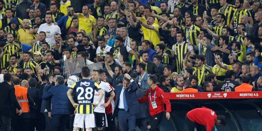Şenol Güneş ve üç futbolcu ifadeye çağrıldı
