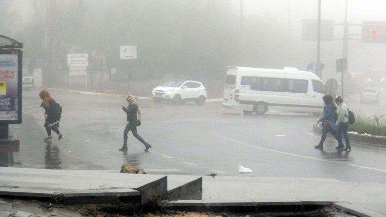 Mardin, yağmur ve sise teslim