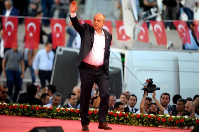 """İnce: Erdoğan sizi """"kekleyeceğim"""" diyor"""
