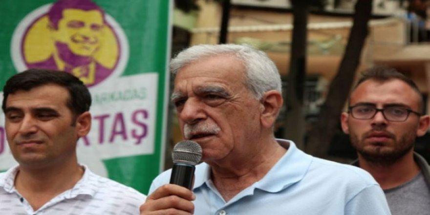 Türk: Bu rejim değişecek, biz kazanacağız