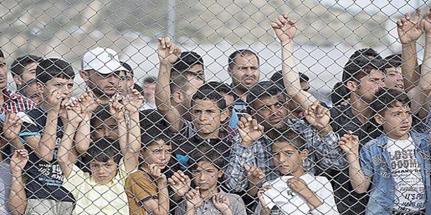 AB mülteci akını konusunda çözüm arıyor