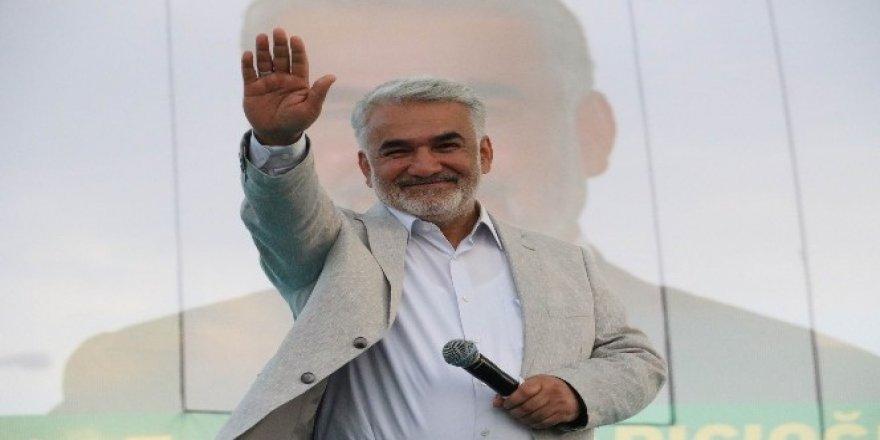 Hüda-Par'ın bağımsız adayı Yapıcıoğlu, Diyarbakır'da miting düzenledi