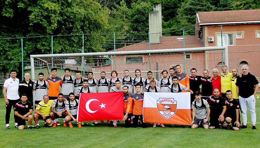 Adanaspor'da 'Dünya Adanasporlular Günü' kutlandı