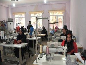 Kadınların hedefi 'devrim'
