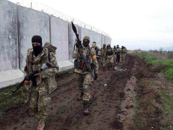 Afrin'de Kürtlere baskı sürüyor