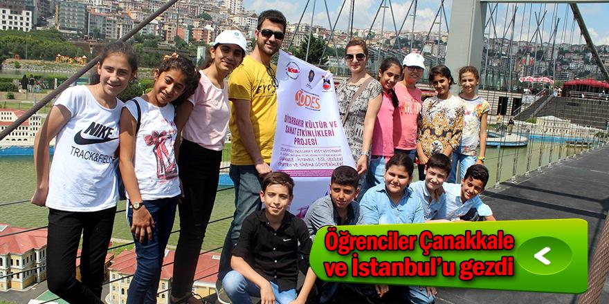 45 öğrenciye İstanbul ve Çanakkale'yi gezdi