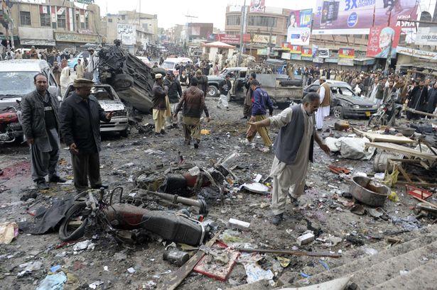 Pakistan'da katliam: 25 ölü, 40 yaralı