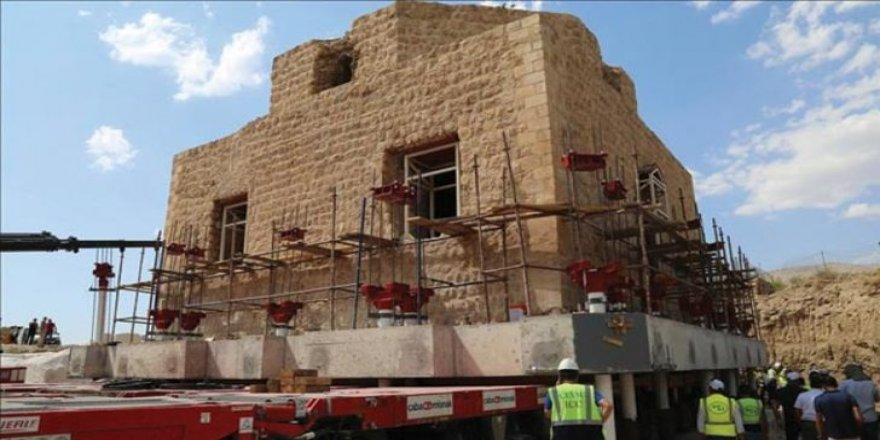 Hasankeyf'te Tarihi Artuklu Hamamı Taşınıyor