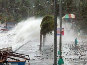 Filipinler de büyük felaket:1200 ölü