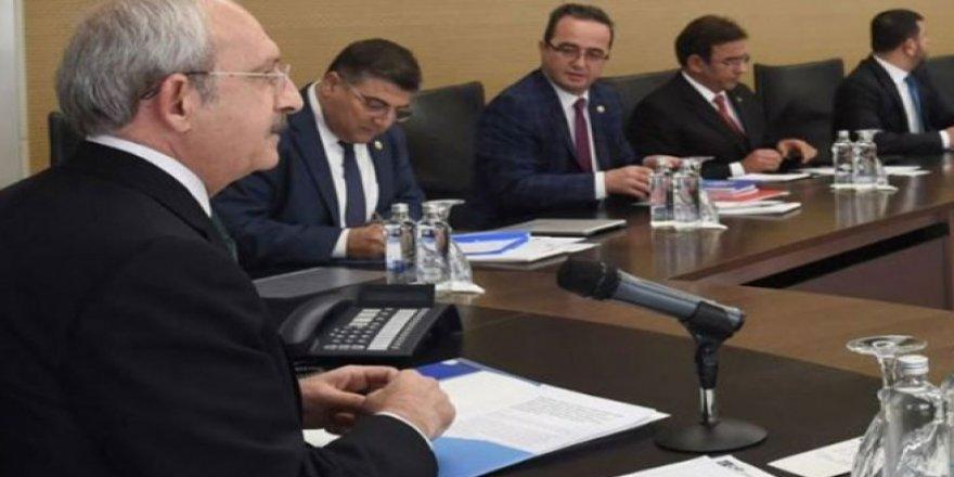 'CHP MYK üyeleri istifalarını sunacak' iddiası