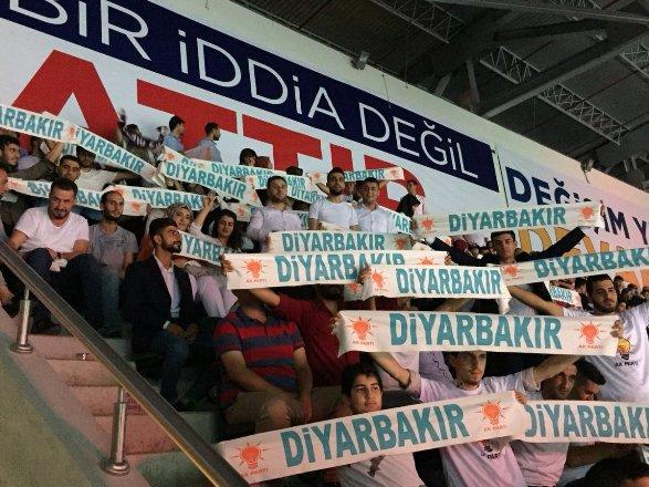 AK Parti MKYK'da Diyarbakır şoku!