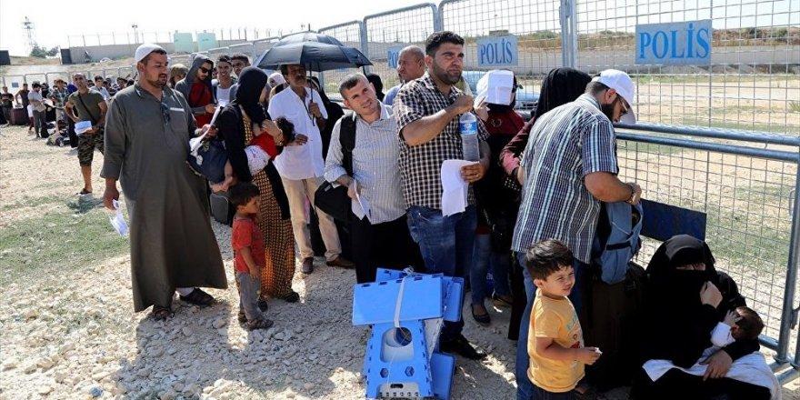 35 bin 840 Suriyeli, bayram tatili için ülkesine döndü