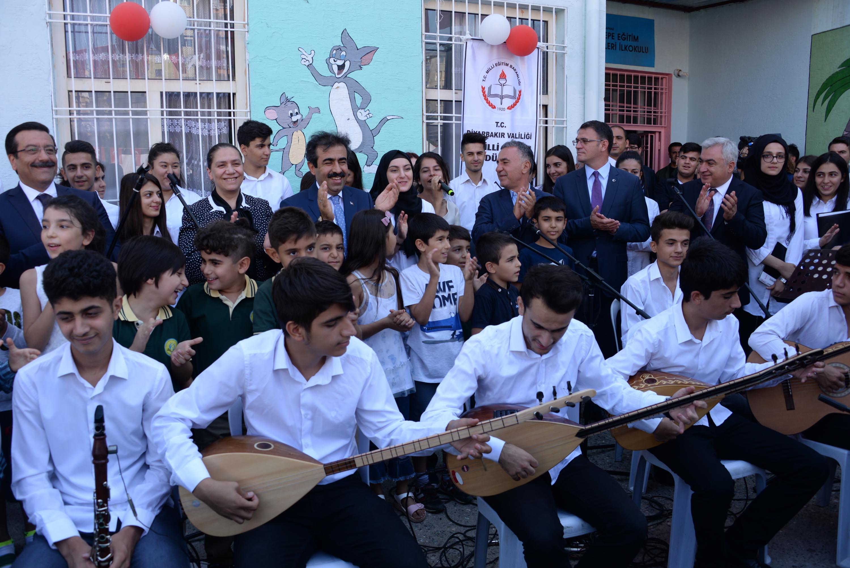 Diyarbakır'da 'zılgıtlı' eğitim başladı!