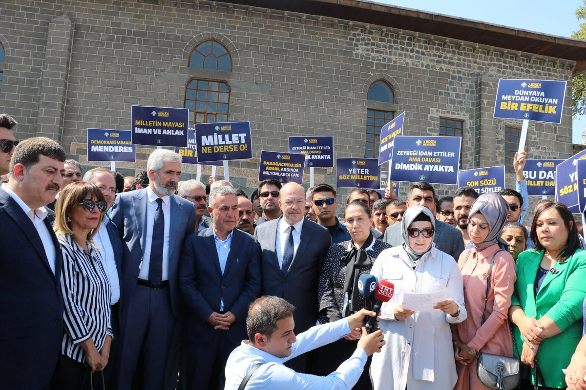 Menderes ve arkadaşları için Diyarbakır'da anma etkinliği yapıldı