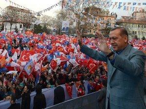 Ak Parti Genel Başkanı ve Başbakan Erdoğan: Alim öğrenci yetiştirir, alim eser yazar