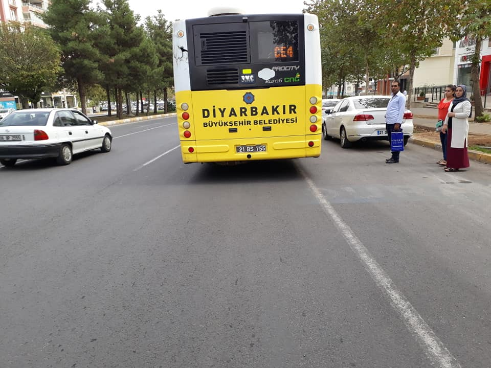 Belediye otobüslerinde yaşlılara eziyet