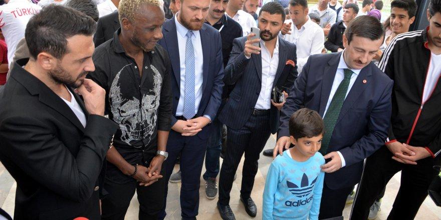 Diyarbakır'da Ahmet Dursun ve Yattara'ya büyük ilgi
