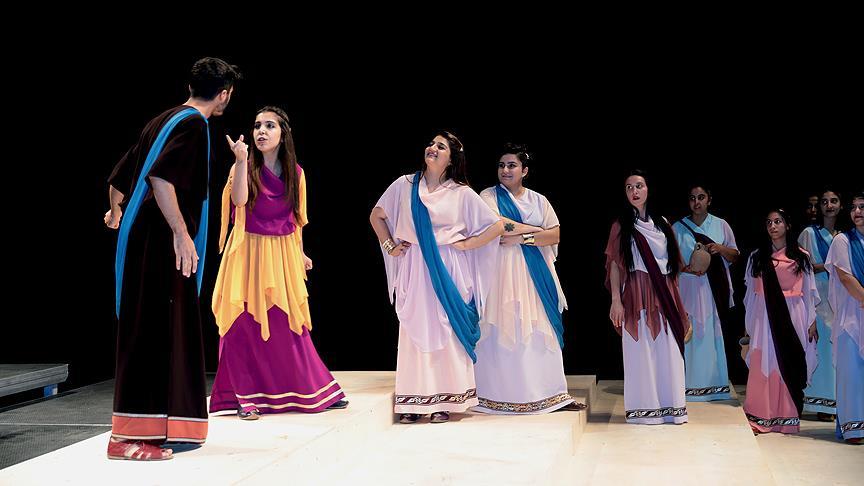 Diyarbakır'da ücretsiz sinema ve tiyatro keyfi