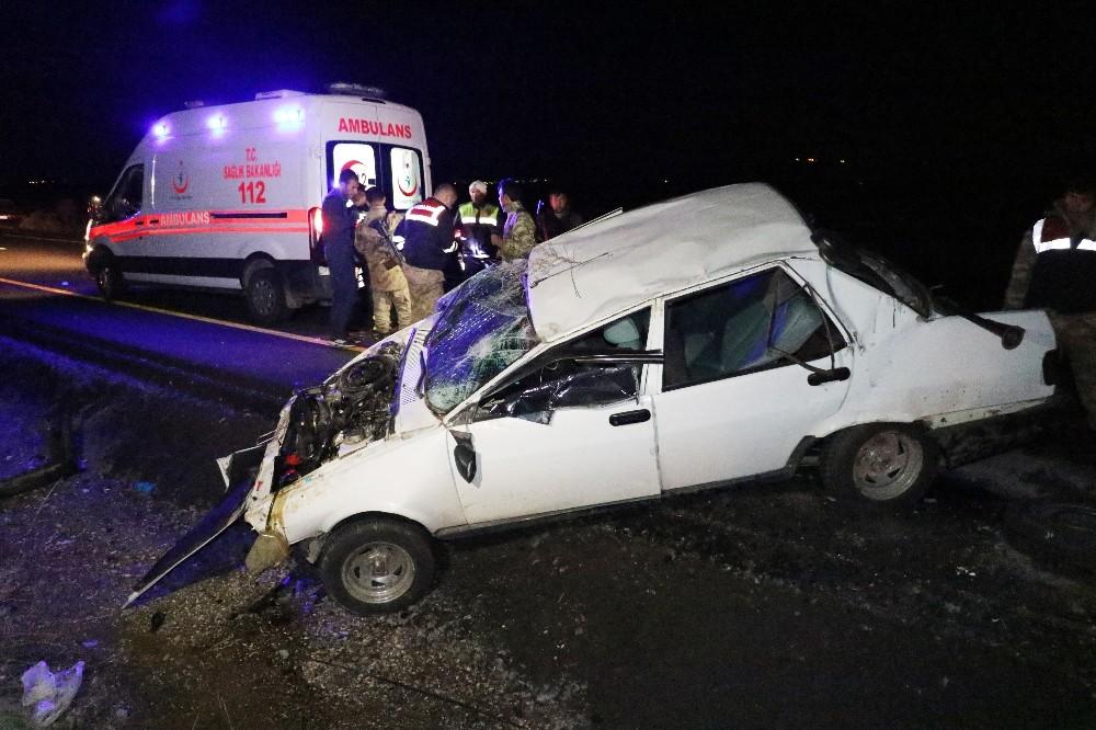 Diyarbakır'da kaza: 2'si ağır 7 yaralı