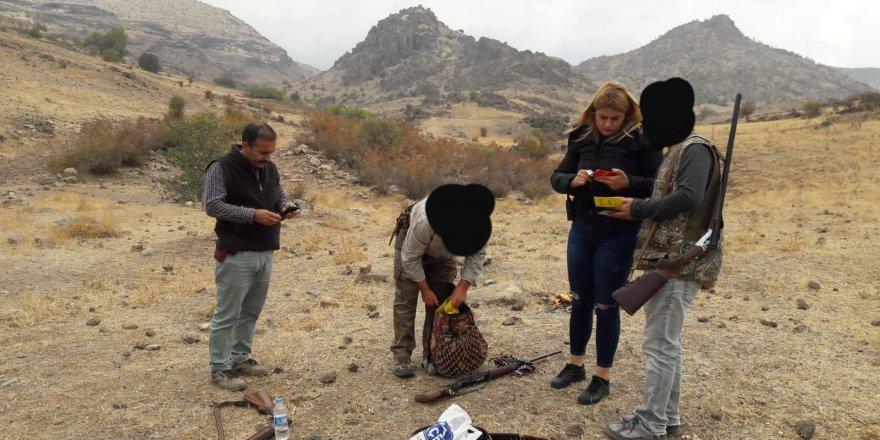 Tunceli'de 10 avcıya 9 bin lira ceza kesildi