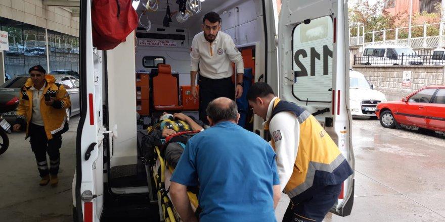 Siirt'te pikap devrildi: 6 yaralı