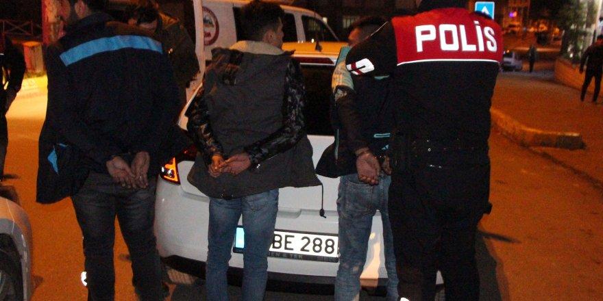 Şanlıurfa'da narkotik operasyonu: 4 gözaltı
