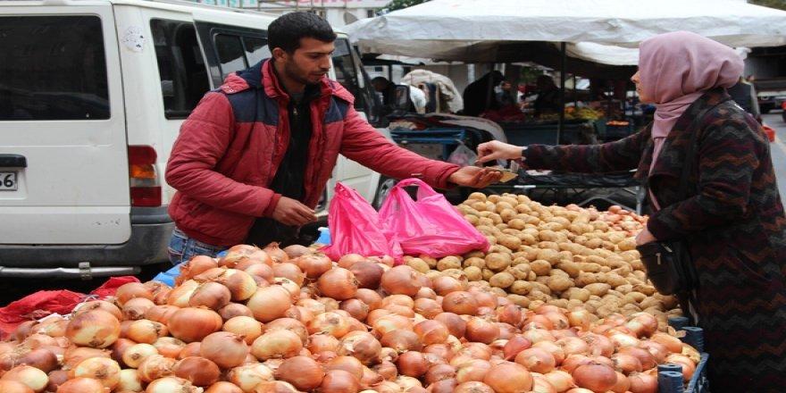 Yoksul bu kış patates ve soğanda yiyemeyecek