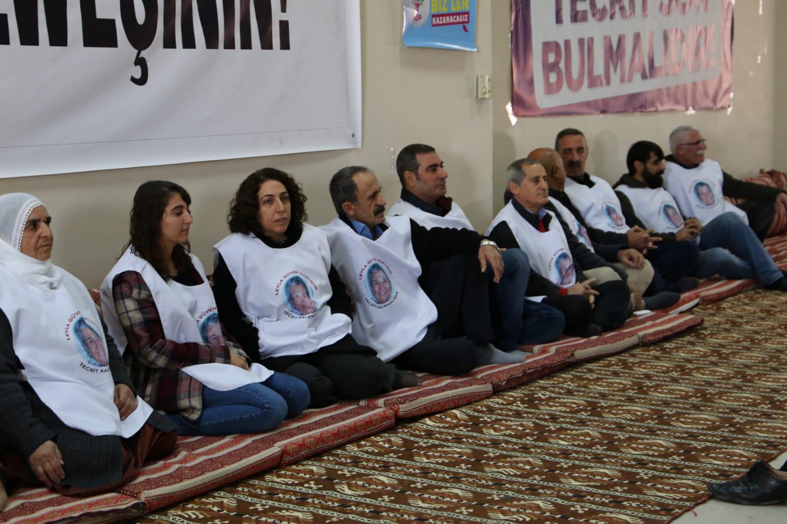 Diyarbakır'da Leyla Güven'e destek için açlık grevi