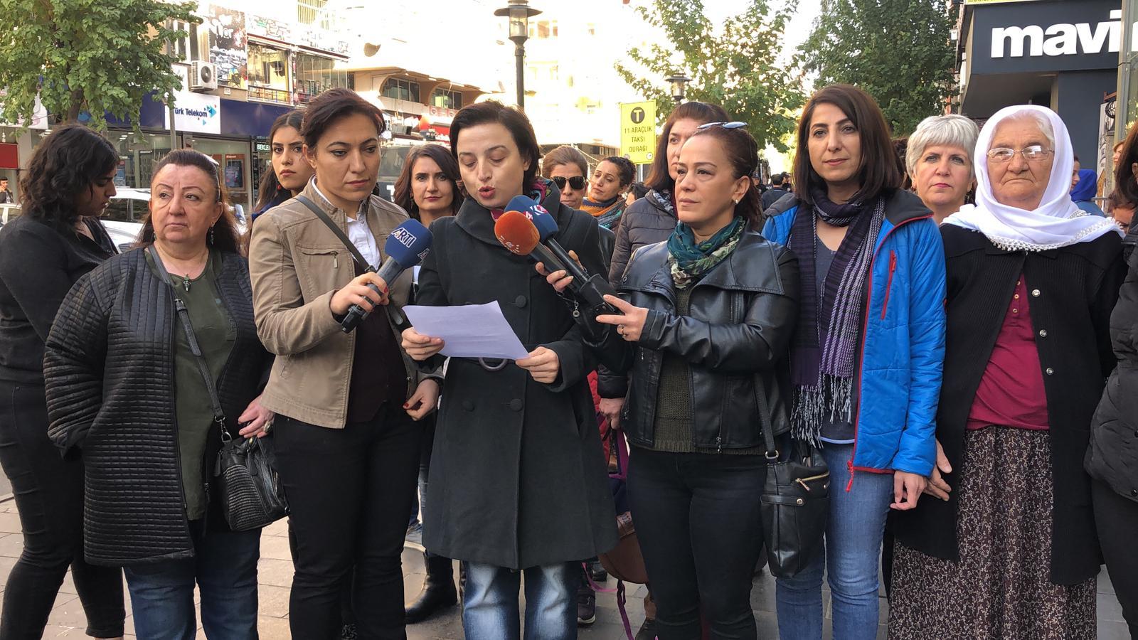 25 Kasım Kadına karşı şiddetle mücadele haftası programı açıklandı