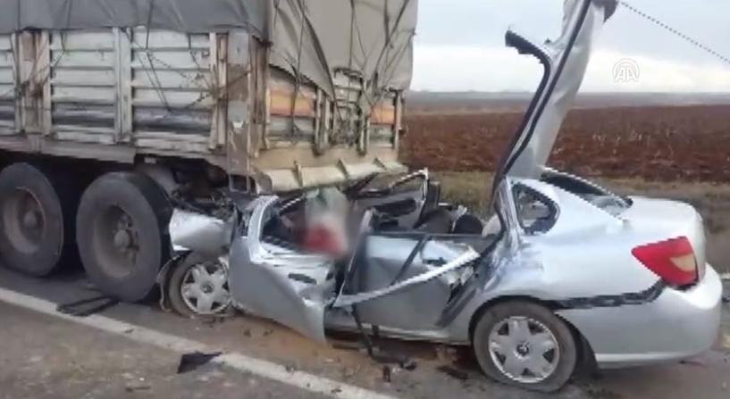 Diyarbakır'da feci kaza: 4 ölü