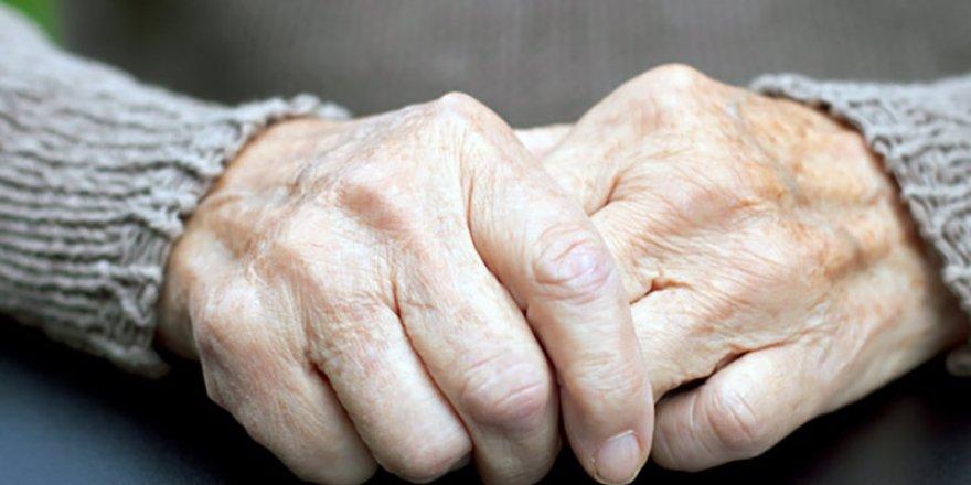"""(VİDEOLU) """"Parkinson Tedavisinde Apandisit Ameliyatı Kullanılabilir"""""""