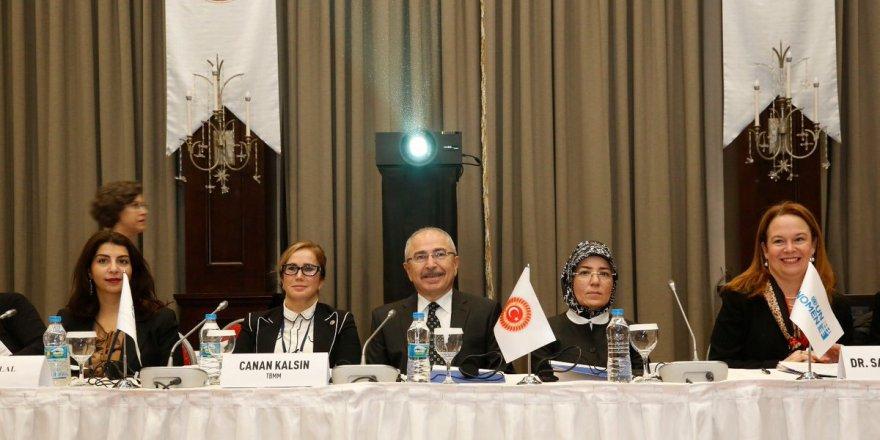 Mardin'de 'Siyasette Kadın Çalıştayı' başladı