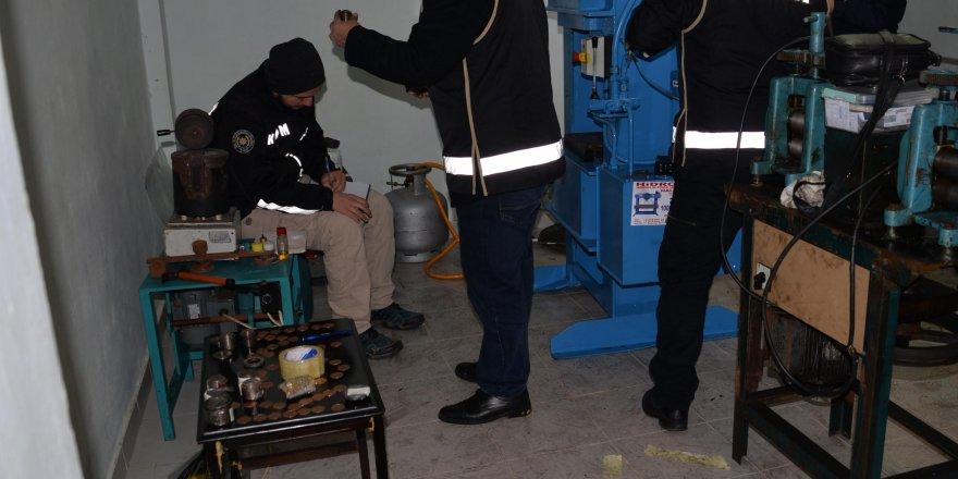 Diyarbakır'da sahte altın imalathanelerine operasyon: 6 gözaltı