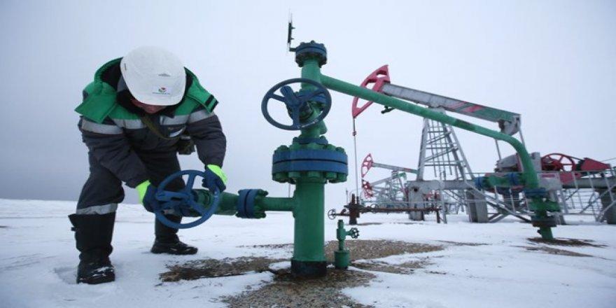 Rusya petrol üretimini 150 bin varilden fazla azaltmak istemiyor