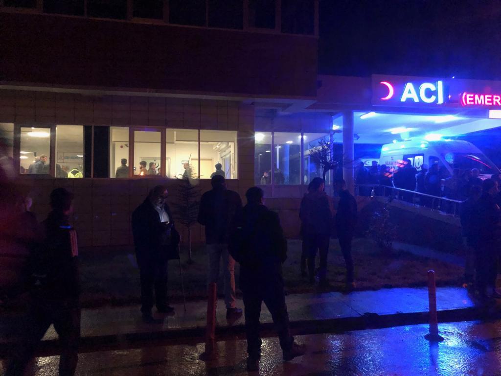 Diyarbakır'da feci kaza: 2 ölü, 30 yaralı