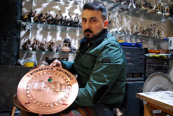 Diyarbakır'da bakıra hayat veren adam