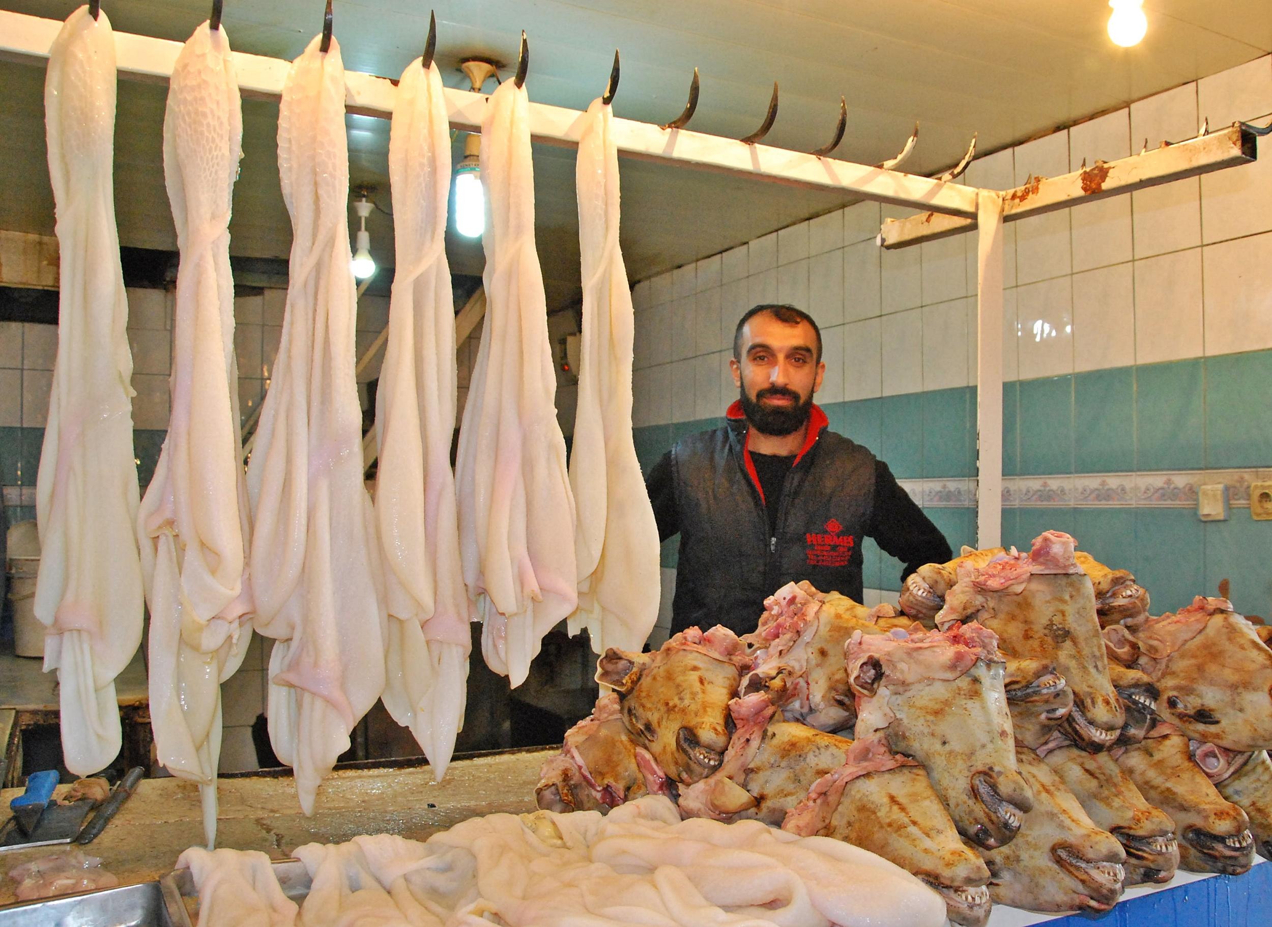 Diyarbakır'da sakatata yoğun ilgi