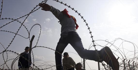 'İsrail, Suriye'deki krizi uzatma amacındadır'