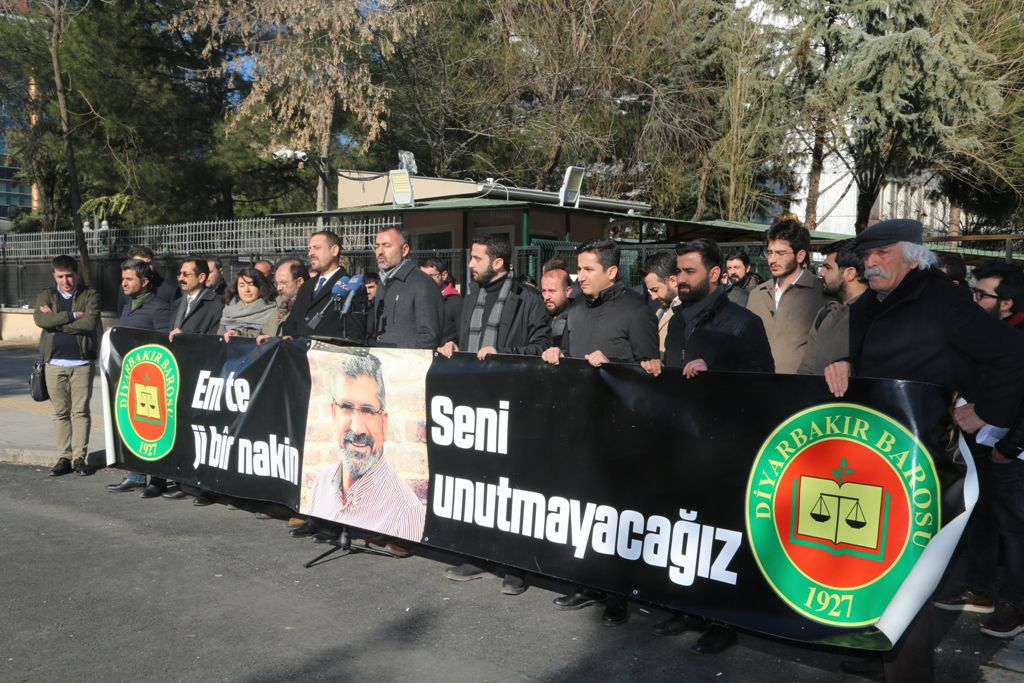 Baro Başkanı Aydın: Gazeteciler ağır koşularda çalışıyor