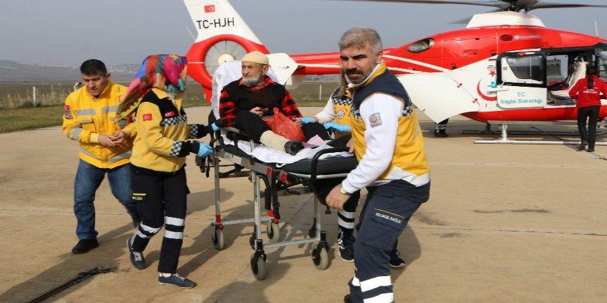 Ambulans helikopter 85 yaşındaki hasta için havalandı