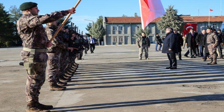 100 Özel harekat polisi göreve başladı