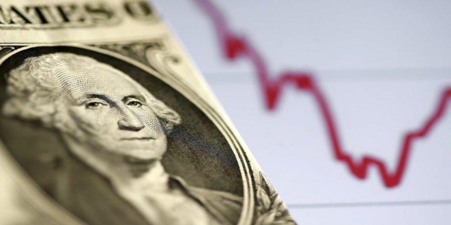 Dolar/TL'de sıkışık seyir devam ediyor