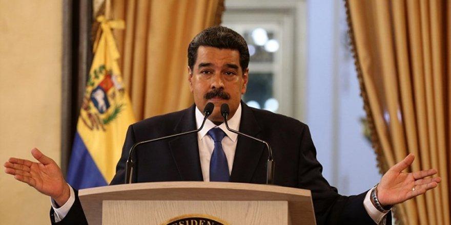"""""""ABD gözlerini Venezüella halkının zenginliklerine dikmiş"""""""