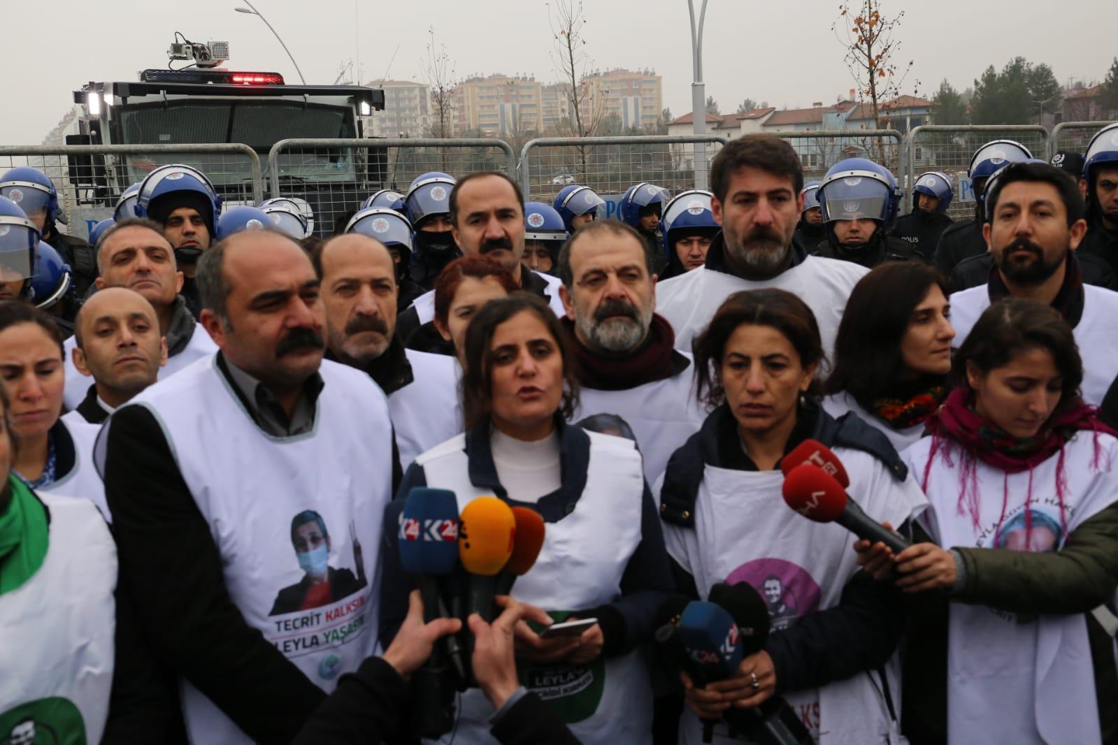 VİDEO- Leyla Güven için yürüyen HDP'li vekillerden açıklama